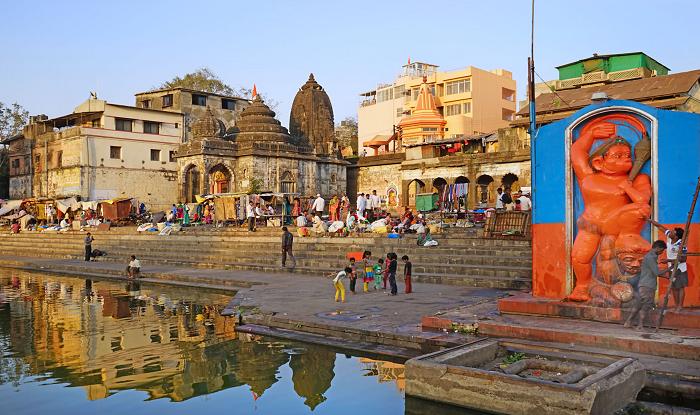 Ahmednagar to Nashik Cab/Taxi Nashik Ramkund Hanuman