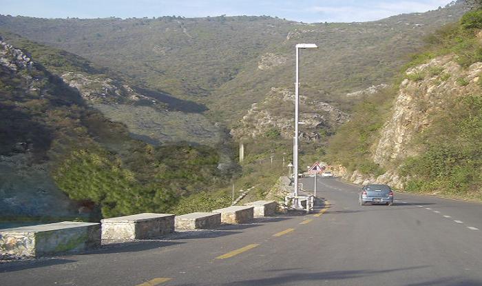 Nashik to Daman Cab/Taxi  Daman Road Highway