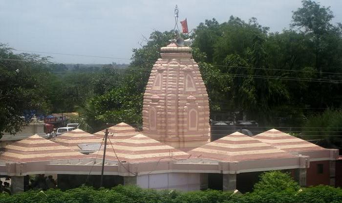 Kopargaon/Kopargaon Station to Shirdi Cab/Taxi Kopergaon Sai Mandir