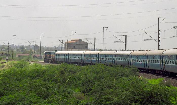 Kopargaon/Kopargaon Station to Shirdi Cab/Taxi Railway