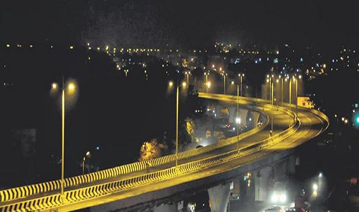 Nashik to Mumbai Airport Highway Nashik