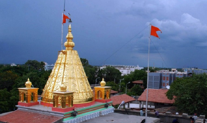 shirdi-to-nashik-spotvis-shirdi-temple