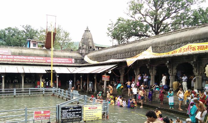 Trimbakeshwar to Shirdi Cab/Taxi Trimbakeshwar Kund Temple